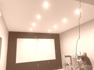 Тканевый потолок  DESCOR в домашнем кинотеатре + аккустические панели
