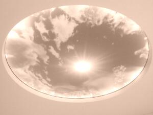 Натяжной потолок с подсветкой в детской комнате